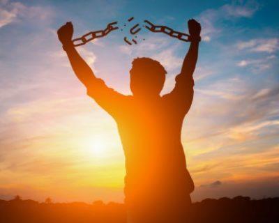 Liri, sot të kuptova…!   (Përtej pesimizmit, për hir të vetëdijësimit)