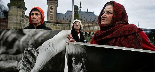 Mohimi i gjenocidit dhe riafirmimi i projektit nacionalist serb